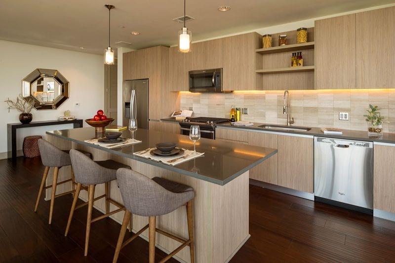 The Southmore Apartments - Kitchen